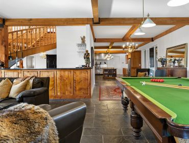 The Homestead Event and Wedding Venue, Eagle Ridge Country Estate, rustic lounge, pool table
